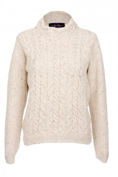 Ladies Horseshoe Chunky Cable Sweater in cream